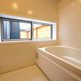 浴室窓ローサイド